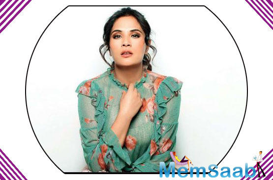 Bollywood actor Richa Chadha is now all set to venture into stand-up comedy. The actor will be among stand-up debutants like Taapsee Pannu and Shashi Tharoor on the upcoming Amazon Original Series, One Mic Stand.