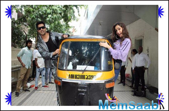 Varun Dhawan loves to play to the gallery and please his fans along with the paparazzi.