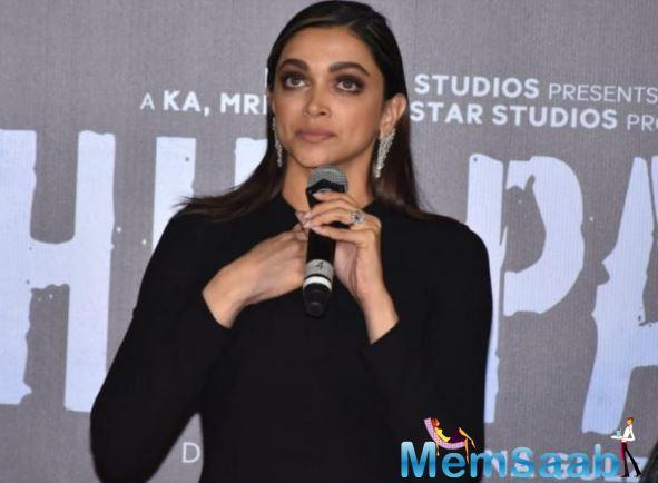 The trailer left B-town celebs stunned as it shows the struggles of a real life-acid attack survivor Laxmi Aggarwal.