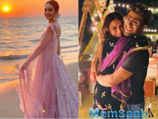 Before dating Kriti, Pulkit married girlfriend Shweta Rohira in November 2014. The couple separated in November 2015. After the separation, there were rumours that Pulkit also dated Yami Gautam.