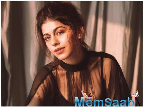 """While in her debut film she gets to work with Saif and Tabu, we ask the newbie who she would like to be paired opposite on screen in the near future and she shares, """"I would like to work with actors like Kartik Aaryan and Varun Dhawan."""