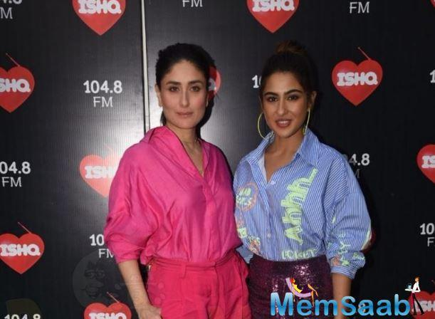 The Simmba actress was dressed in a blue top with lime green details and a sparkly maroon skirt, while Kareena kept it simple in an all-pink look.