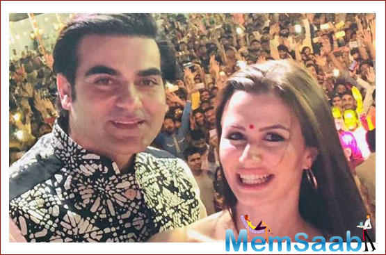 The makers are coming up with an item number starring Giorgia, Priya, and Arbaaz Khan. The song was shot recently. Giorgia looked ravishing in an Arabian attire for her dance number.