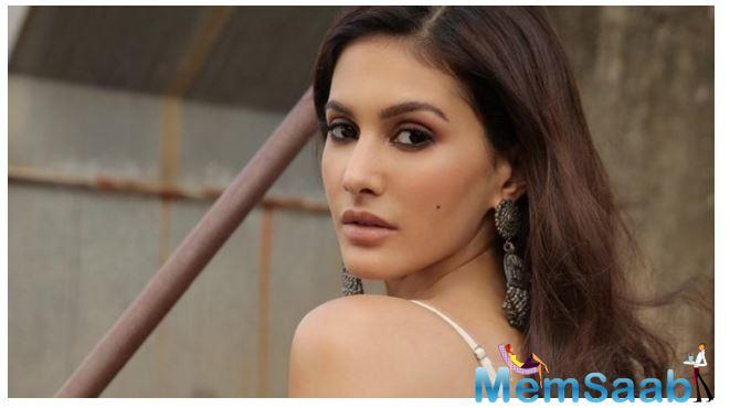 In a statement Amyra added,