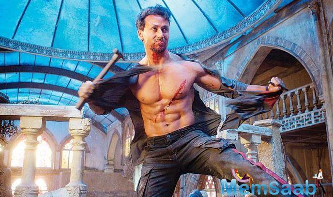 It is the ground reality that not every B town actors perform all their action scenes themselves but Tiger Shroff remains an exception.