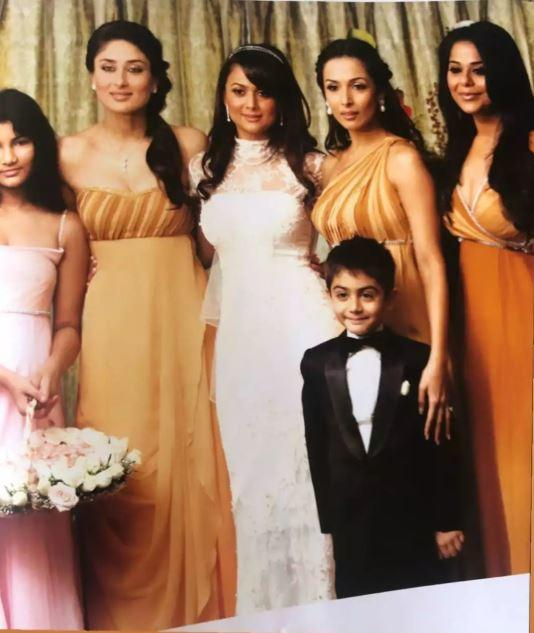 Amrita also shared a candid moment between sister Malaika and her from the wedding album