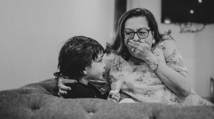 Taimur is seen enjoying some quality time with his granny Babita