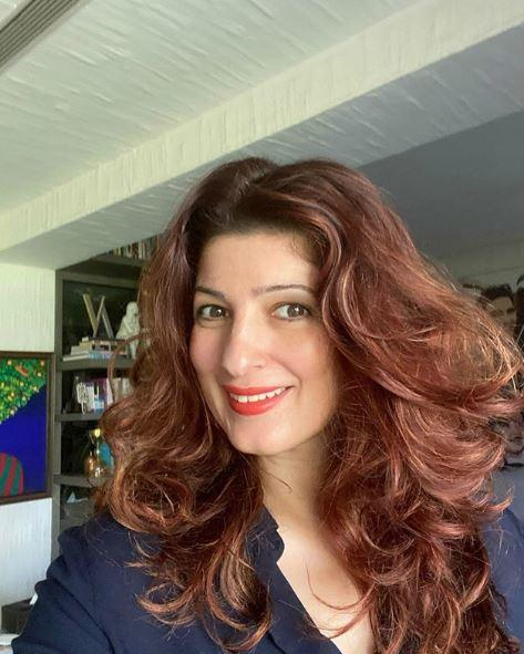 Twinkle Khanna was a proud wife after Akshay's decision to donate Rs 25 crore