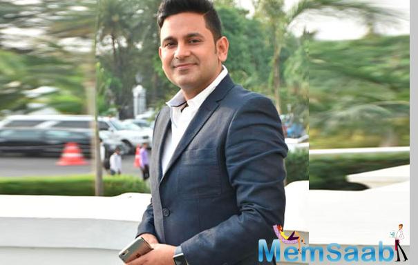 After releasing the single on YouTube, lyricist Manoj Muntashir says platform more artiste-friendly than music labels.