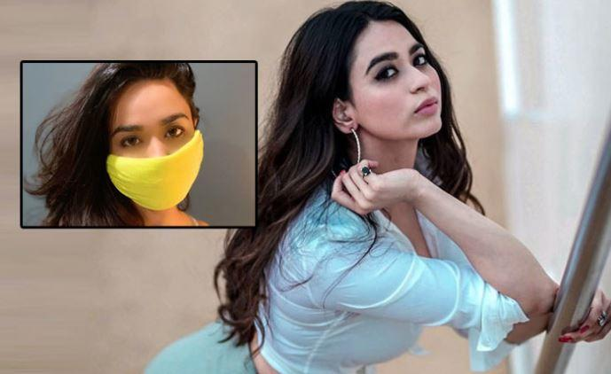 The thought of making my own mask came to my mind and after a few attempts, I was able to make one: Soundarya Sharma