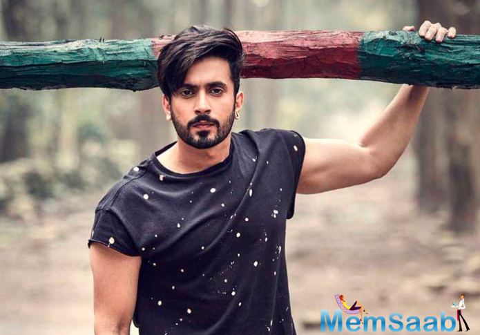Sunny Singh is now on his way to make a promising path by constantly working on his craft- either by asking scripts from his theatre friends or watching documentaries.