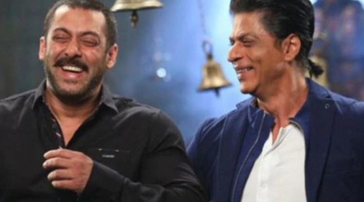 Many fans feel SRK was playing a pun using the word