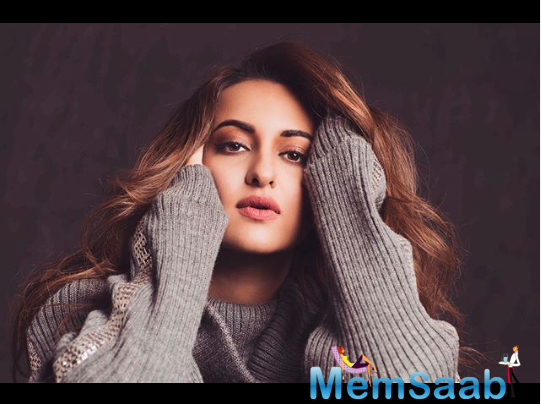 A bored Sonakshi Sinha asked netizens to throw her some awkward questions. A fan asked her if she was single?