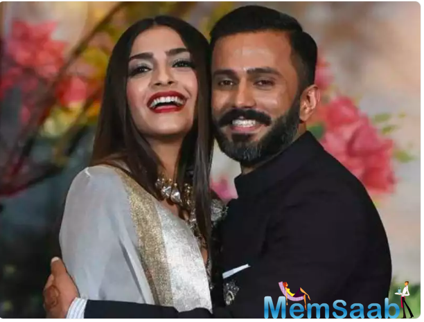 Later, Sonam mother Sunita took to her Instagram to share beautiful pictures of her daughter and son-in-law to give them her best wishes.