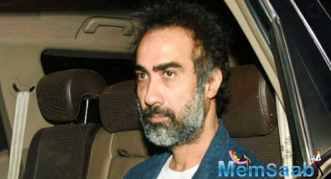 Ranvir Shorey was stuck at Jogeshwari East Police station in the city, with the cops threatening to impound his car.