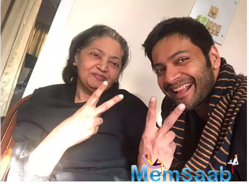 And now, he took to Instagram to post a happy with picture his mother which was clicked while they were