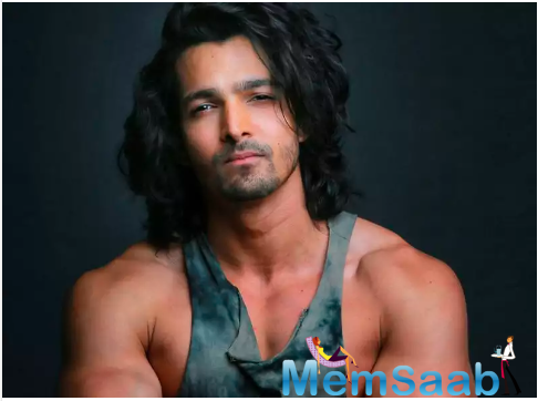 Bollywood actor Harshvardhan Rane has decided to ditch China-made goods. He relates with the condition of Indian soldiers at the Indo-China border.