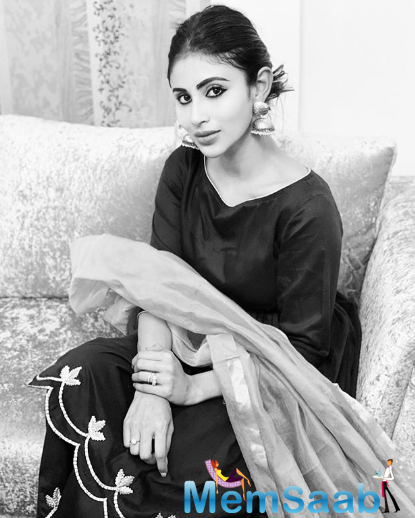 Mouni Roy says I am missing my mom and am dying to come back to India