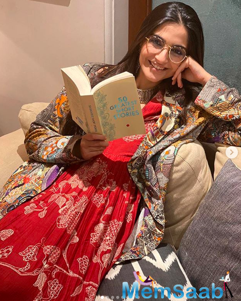 Earlier, Sonam had spent three months of lockdown in Delhi at her in-laws' residence. She flew to Mumbai to be with her parents and siblings ahead of her birthday on June 9.