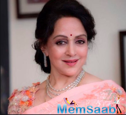 Daughters Esha and Ahana are extremely protective about their mother Hema Malini.