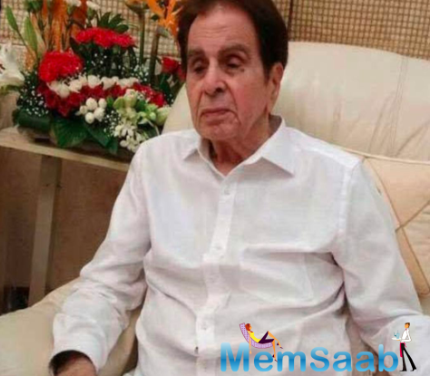 Dilip Kumar's younger brothers Ehsaan Khan and Aslam Khan were on a non-invasive ventilator.