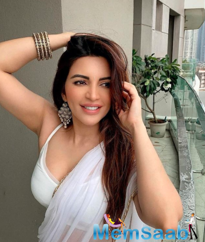 Spilling some beans on the same, actress Shama Sikander reportedly told a news portal that not everybody in the industry is into drugs.