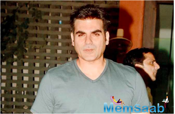 The defamatory posts stated that the Arbaaz was arrested and taken into unofficial custody by the Central Bureau of Investigation (CBI) as part of the investigation.