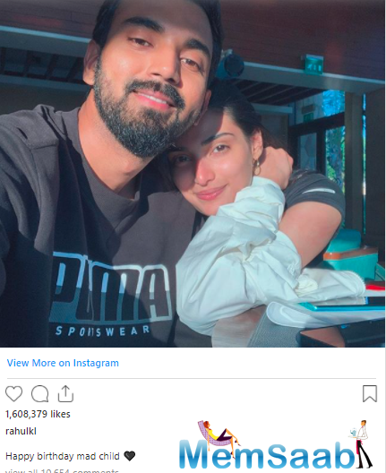 Also, her rumoured boyfriend and cricketer KL Rahul made her day extra special with a sweet wish.