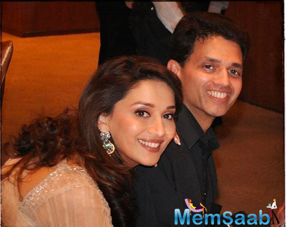 Madhuri also penned a message in Marathi to send Bhai Dooj wishes for to all the brothers and sisters. She noted,