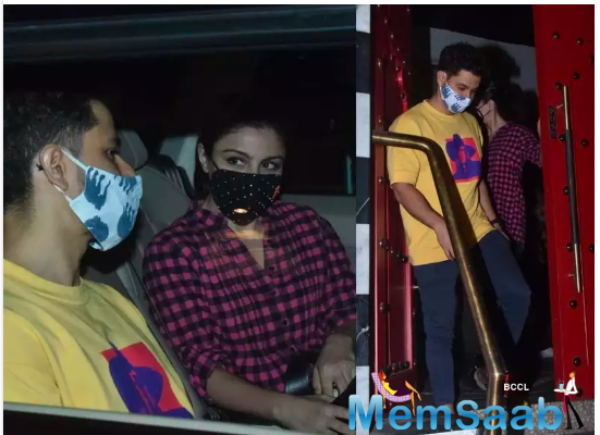 The duo was snapped by the paparazzi as they left the venue post their dinner.