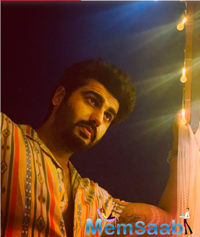 Malaika recently shared an adorable picture of herself with beau Arjun Kapoor as they rang the new year together at Amrita Arora's holiday home in Goa.