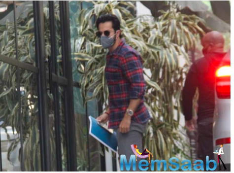 Our cameras caught the actor arriving in smart casuals at a production house in the city, looking ready to do business.