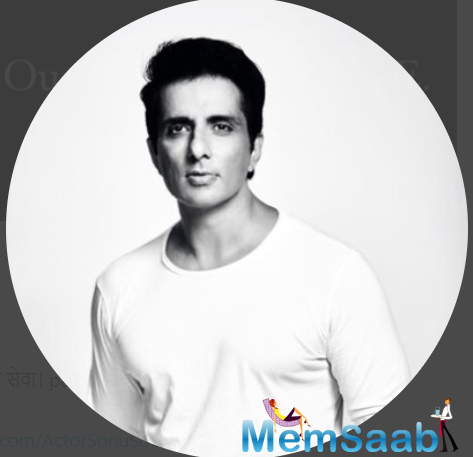 To honour his selfless actions towards the underprivileged, Sonu's fans and admirers started an ambulance service.