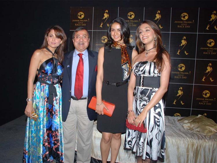 Aarti Chhabria with Amrita Arora and Gul Panag