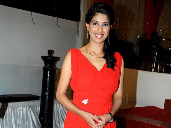 Aishwarya Sakhuj at Hum Log Foundation Annual Awards