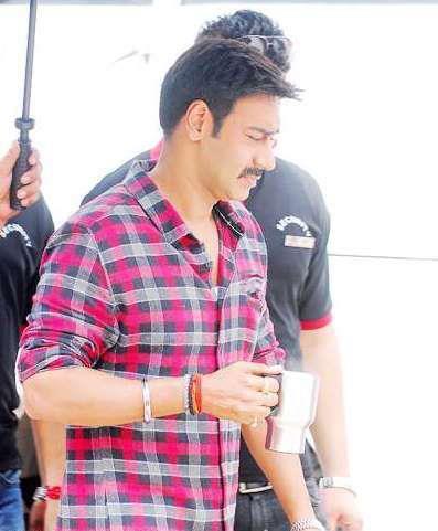 Ajay Devgan at New Hindi Movie Bol Bachchan Sets