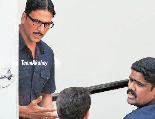 Akshay Kumar On The Sets of Special Chabbis