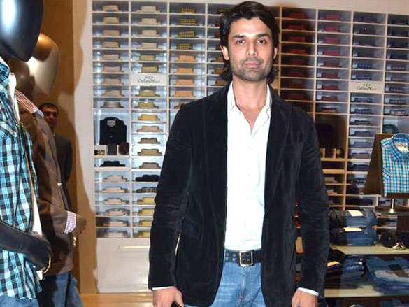 Ameet Gaur at Raymonds' new store