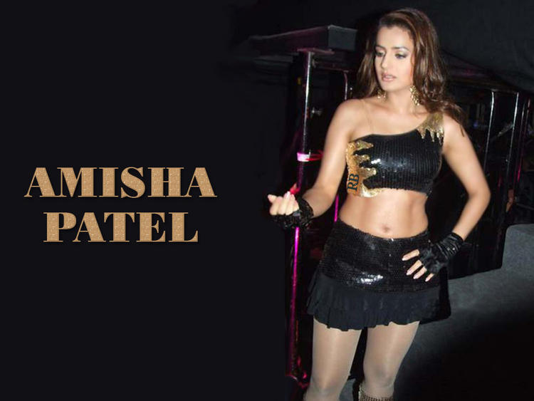 Amisha Patel Ready for Night Out