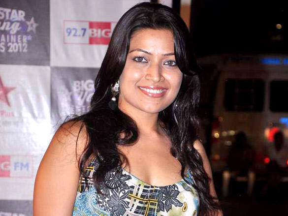 Amita Pathak at Big Star Young Entertainer Awards 2012