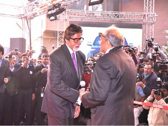 Amitabh Bachchan Talks to Chabria in the launch of Avanti SUper Car