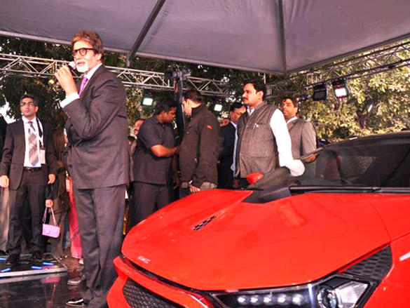 Amitabh Bachchan Talks to the audience in the event