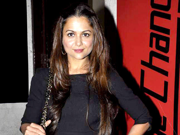 Amrita Arora Gorgeous Pic at Agent Vinod Screening at PVR