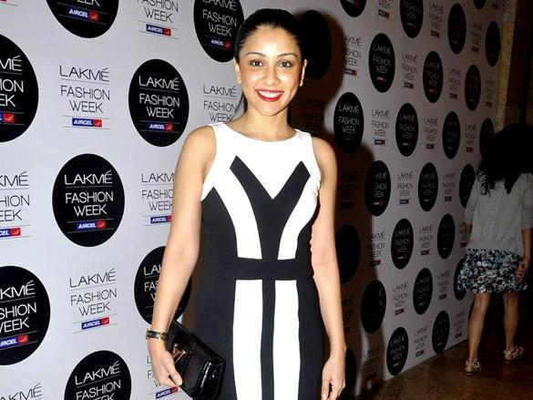 Amrita Puri at Bibhu Mohapatra's show at Lakme Fashion Week  2012