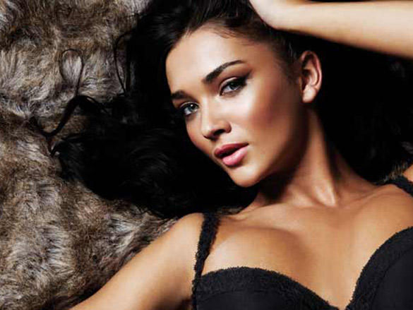 Amy Jackson latest hot photo shoot