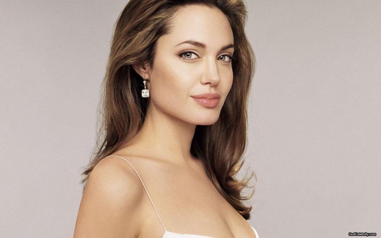 Angelina Jolie Open Boob Show Wallpaper