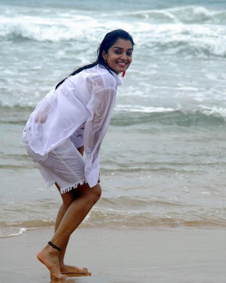 Antara Biswas Hot Pic On The Beach