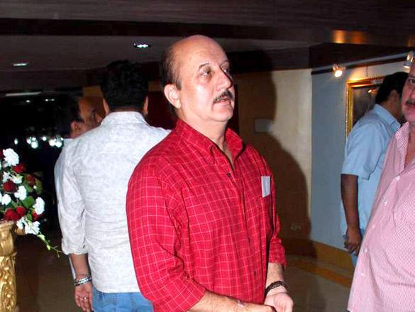 Anupam Kher at prayer meet for late father at ISKCON in Mumbai 1