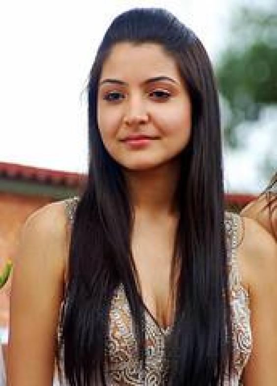 Anushka Sharma Long Hair Stunning Picture