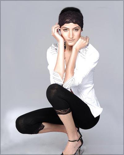 Anushka Sharma Sexy Pose Photo Shoot